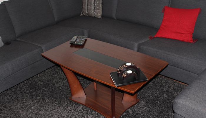 Tata ... vår nye sofabord! :)