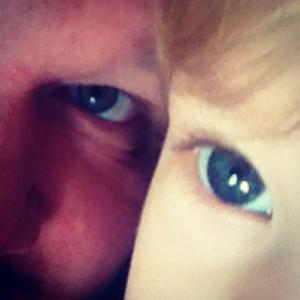 TJOMMISER: Far og datter.