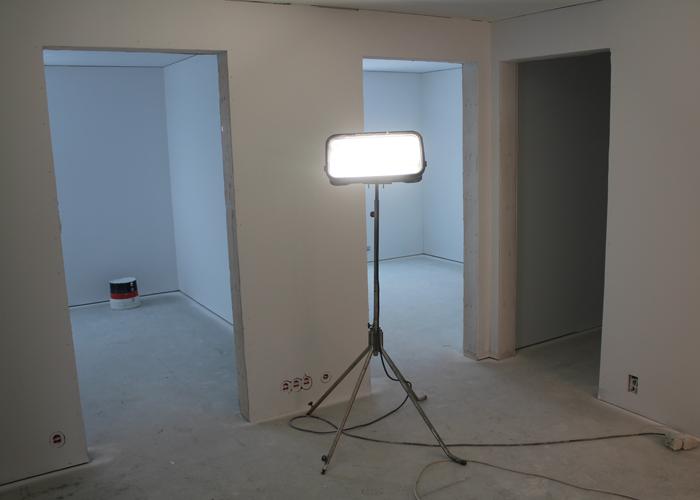 FLERE ROM: Det ene blir Madelen sitt rom. Det andre gjesterom. Til høyre - en bod.