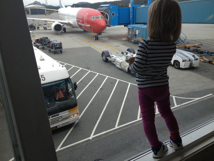 FLYJENTE: Det er stor stas med fly.